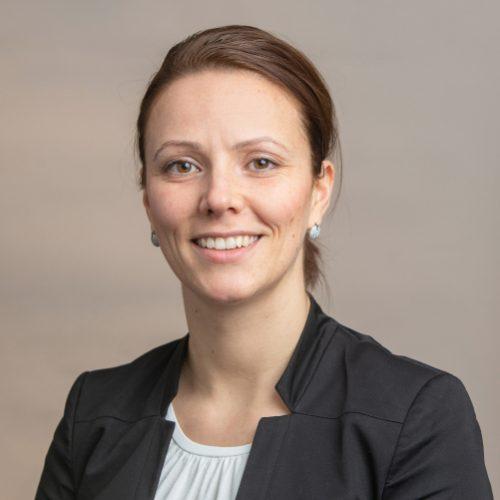 Dr. Cora Helmbrecht